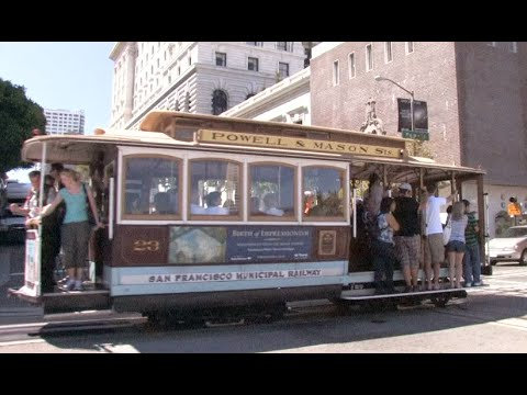 * Cable Car In San Francisco Powell @ California
