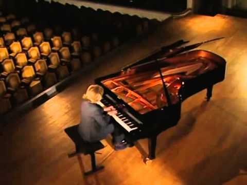 F. Chopin - Nocturne Posthume en Ut dièse mineur / Danielle Laval