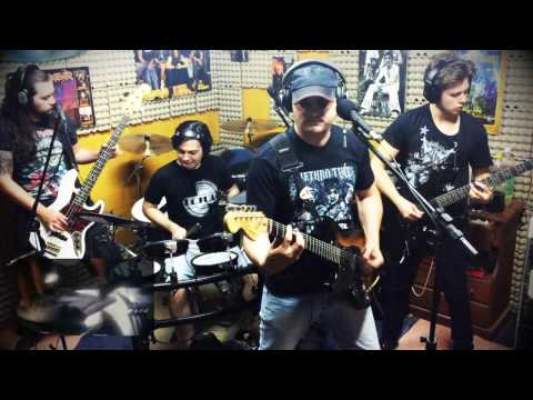 2 Minutes To Midnight (Iron Maiden cover by KöNNEN)