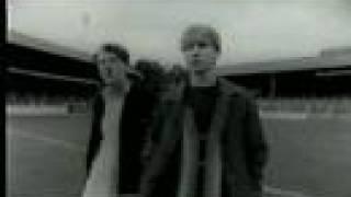 Finn Brothers - Suffer Never