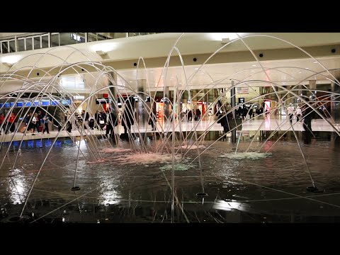 Laminar Flow Pop Jets at Detroit Airport