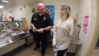 Cop Who Helped 10-Year-Old With Math Homework Treats Her To Lunch At School