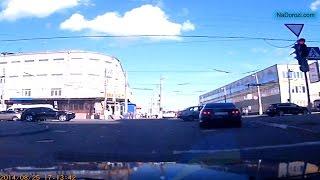Стаття 122 ч.2 25/08/14 Хмельницький (Проїзд на заборонний сигнал світлофора)