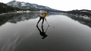 Хоккей на  Замерзшем озере Играем в Хоккей