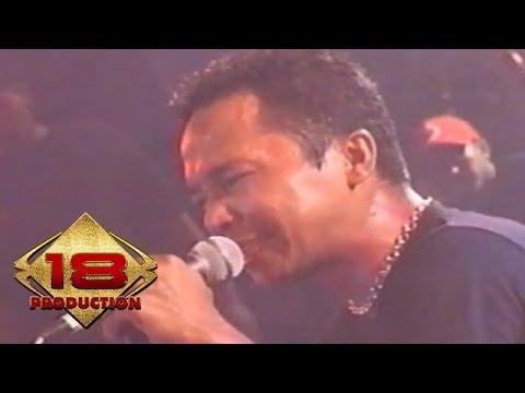 Roxx - Rock Bergema (Live Konser Yogyakarta 04 November 2005)