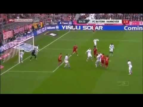 Javi Martinez Over Head Kick Goal (First For Bayern) v Hannover