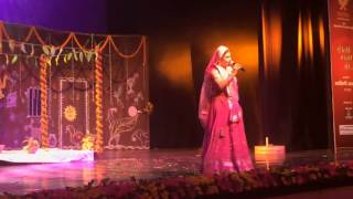 Malini Awasthi - Saiyan Mile Larkaiyan (Live performance)