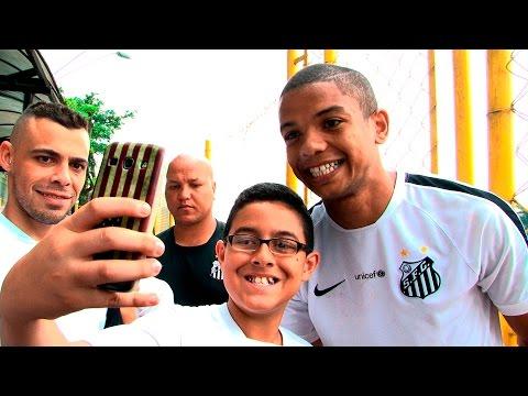 Crianças da franquia Meninos da Vila visitam CT Rei Pelé