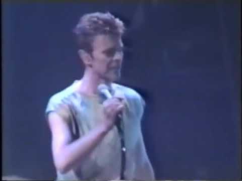 David Bowie live Outside Tour Wembley (Nov 15th 1995)