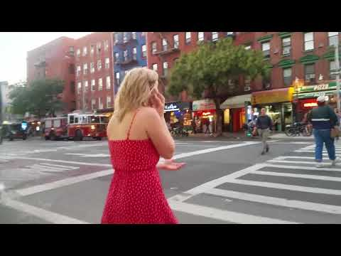busking performance in NYC turns into 1 hour musical!!
