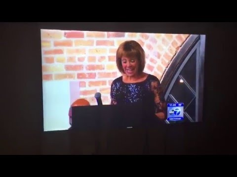 ABC7's Roz Varon — Honoree at BIBO Awards Chicago 2015