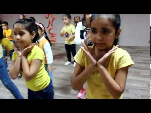 Abhi Toh Party Shuru Hui Hai Kids Dance Choreography by The Dance Mafia Mohali