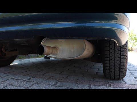 Honda Civic - Stock Exhaust Sound