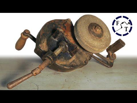 Antique Hand Cranked Grinder Restoration