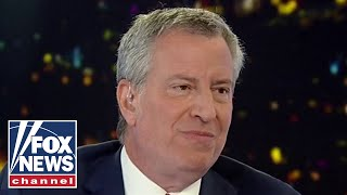 Hannity, de Blasio spar over potential Sanders nomination