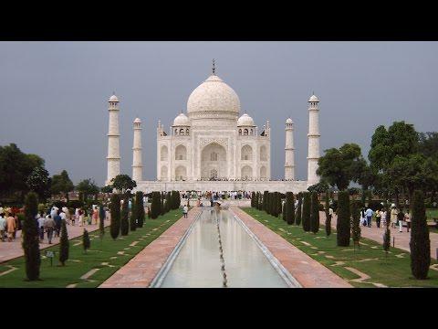 India: AGRA, Taj Mahal, Fatehpur Sikri, Akbar's tomb by Claudio Gobbetti
