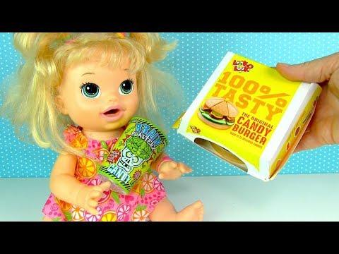 Кукла Пупсик Кушает Желейный Бургер Кислые Конфеты 108mamaTV