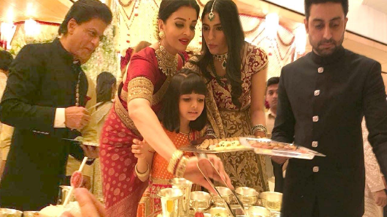 Shahrukh Khan, Aishwarya Rai, Abhishek Bachchan Serving ...