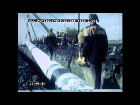 Building and laying gas pipes, 1960's - Film 30238