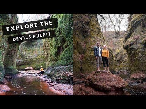 Exploring the Devil's Pulpit (Outlander's