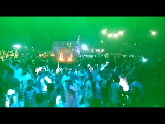 OH HO HO HO a wonderful song by sukhbir n ultimate music loving crowd