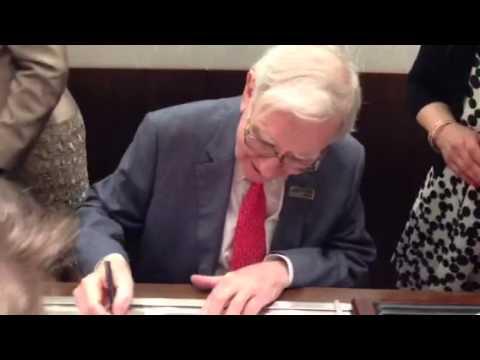 Warren Buffett is selling Jewelry