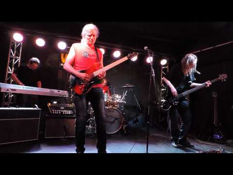 Alapi Power Trio -  Warwick, Framus, Natal, Shure clinic
