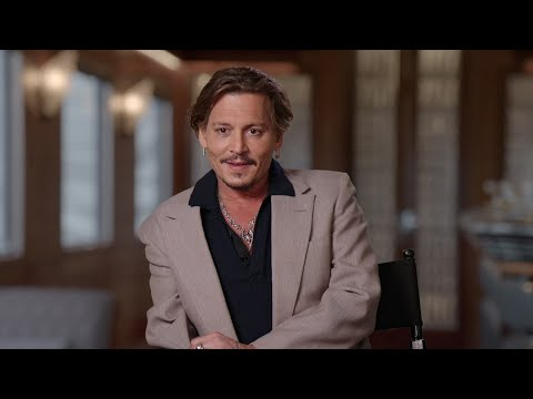 Johnny Depp: 'I worship Judi Dench'