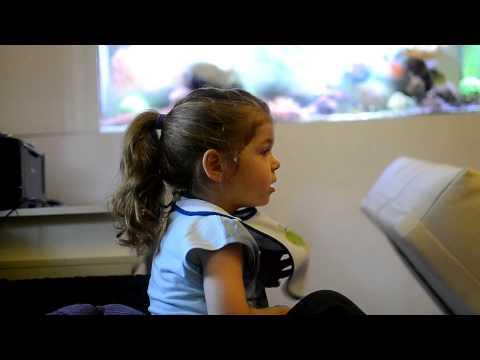 Lara - Kid singing theme from Frozen