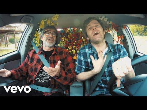 Benjamín Amadeo – Las Flores (Letra) ft. Los Auténticos Decadentes
