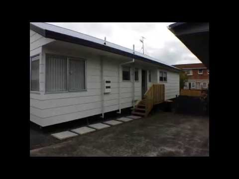 House for Rent in Auckland: Papatoetoe House 3BR/1BA  by Auckland Property Management