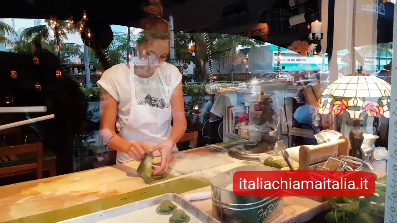 Disegno la cucina di eduardo : Ristorante Pane & Vino, la vera cucina italiana a Miami - YouTube