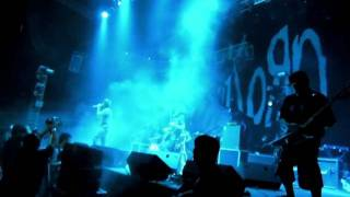 Download Slapshock - Carino Brutal (Korn, Live in Manila 2011) MP3 song and Music Video