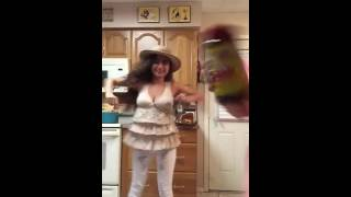 Video Massore baile de la gorilla remake download MP3, 3GP, MP4, WEBM, AVI, FLV November 2017