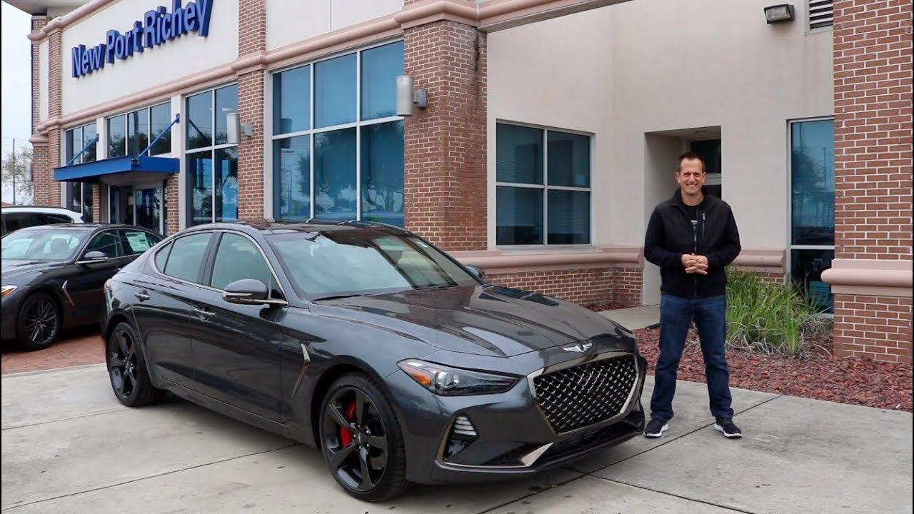 does the 2019 genesis g70 3 3t have bmw m3 performance but low price