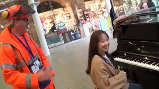 Korean Piano Girl