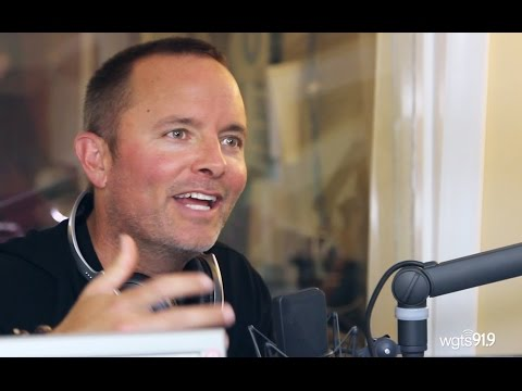 Breakfast with Chris Tomlin at WGTS 91.9