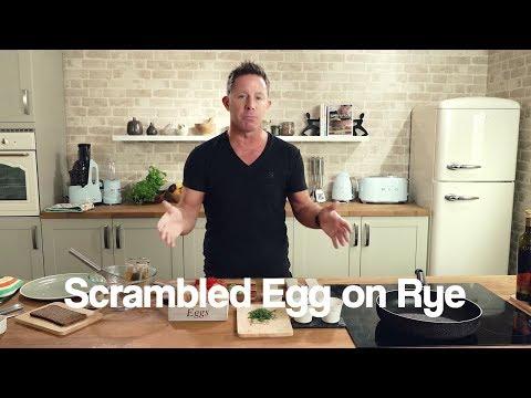 Super Fast Food - Scrambled Egg on Rye