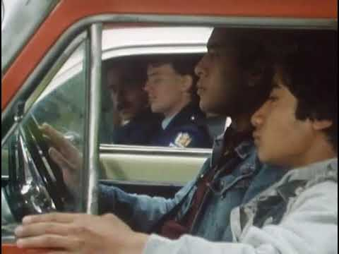 NZ On Screen: Mark II - Sizing up the cops