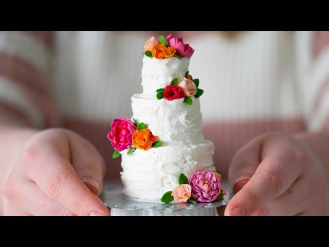 Mini Wedding cake in an EASY BAKE OVEN!