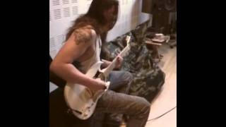 Purified in Blood - Sagblad shredding in studio