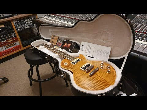 Gibson Slash AFD Appetite For Destruction Signature Les Paul Amber Guitar Up Close Video Review