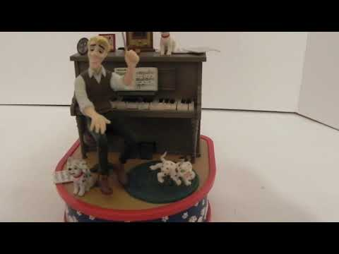 Enesco Disney 101 Damatians Maestro Of Mischief Motion Music Box Cruella De Vil