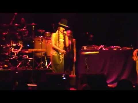 Erykah Badu - Danger  @Melkweg Amsterdam Live 2013