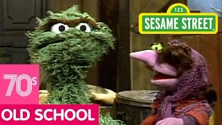 Sesame Street: Swamp Mushy Muddy (Song)
