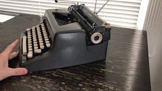 1955 Royal Quiet Deluxe Typewriter Charcoal Gray