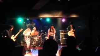 パスピエのチャイナタウンをバンドでコピーをした時の映像です。(2015/0...