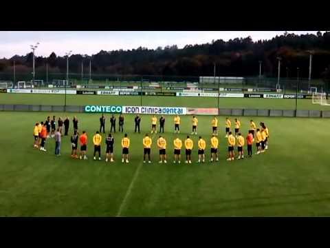 Minuto de Silencio en el entrenamiento del Deportivo de A Coruña