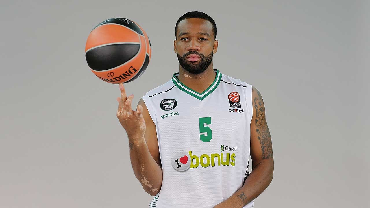 Reggie Redding Focus on Reggie Redding Darussafaka Dogus Istanbul YouTube