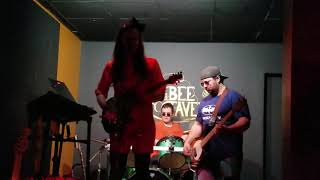 """AMERICAN GIRL"" TOM PETTY-COVER BY THE FAMILY FRIENDLY CRIMINALS @THE BEE TAVERN 11/30/18"